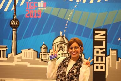 Viviane Vinagre - IGF Youth Ambassador